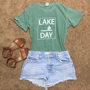 Lake Day comfort color tee